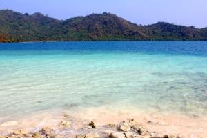 Pantai Sebuku